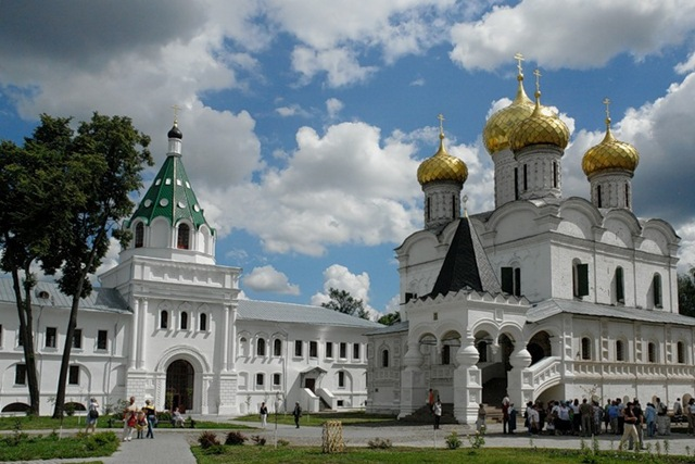 Ипатьевский монастырь фото