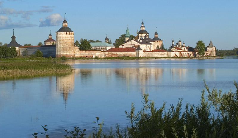 Кирилло-Белозерский монастырь фото