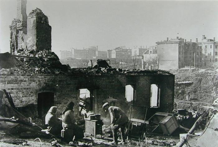 Смоленск после освобождения